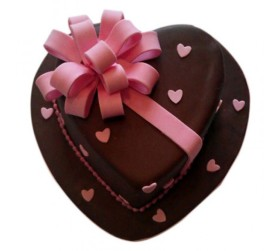 Get Love Flower Cake 2 Kg At Just Rs 2,650