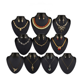 Latest Jewelery Collection At 75% Discount