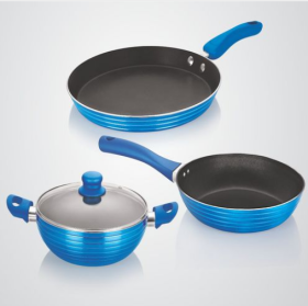 Get Upto 70% Off On Cookware And Non-Stick.